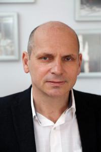 Na zdjęciu: Maciej Szała, Prezes Zarządu firmy De Care